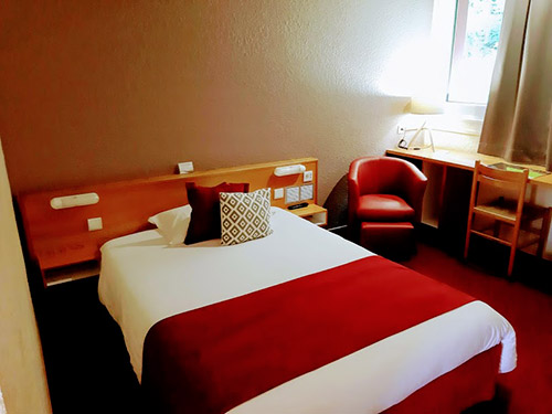 Chambre simple ou double à Golbey - Hôtel Atrium