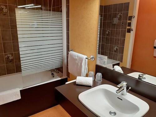 Salle de bain privative Golbey - Hôtel Atrium